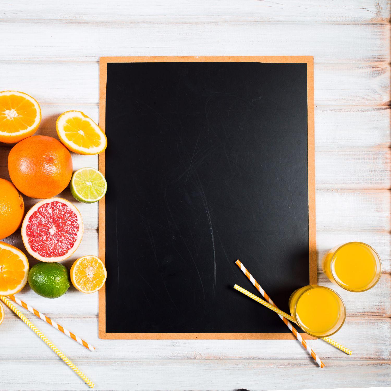 https://modeltheme.com/mt_porfolio/portfolio/creative-orange-table/