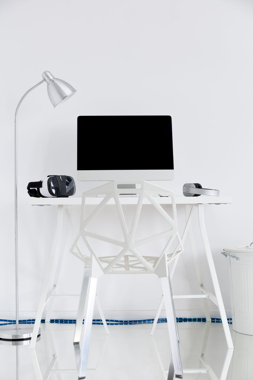 https://modeltheme.com/mt_porfolio/portfolio/clean-white-table/